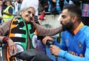 Virat Kohli's photo with the 87 year old Indian fan
